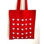 Punane riidest kott südametega