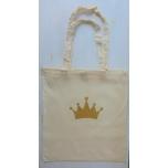 Väike riidest naturaalvalge kott kuldse krooniga