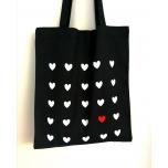 Must riidest kott südametega