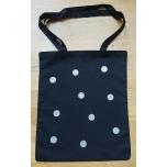 Must riidest kott hõbedaste täppidega